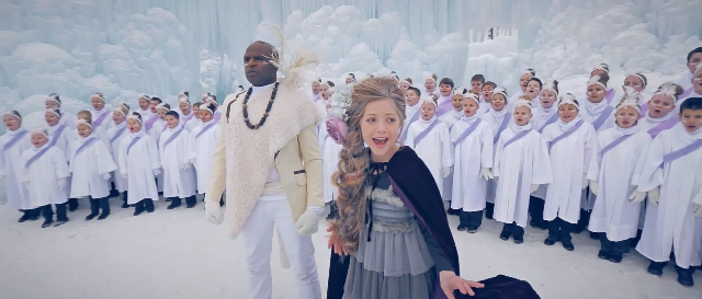 "What Happens When Africa Meets ""Frozen"" – Chilling Performance!"
