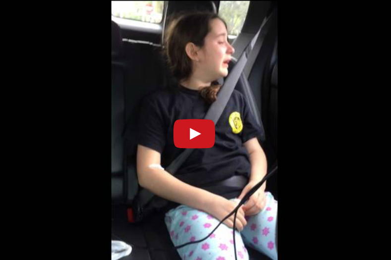 "This Little Girl Had Oral Surgery and She's Trying Real Hard to Sing ""Let It Go"" – OMG"