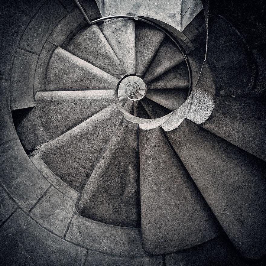 spiral-stairs-2-26