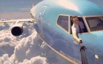 These 21 Insane Selfies Are Actually Awesome Instead of Annoying