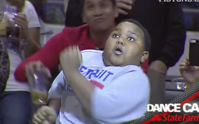 Epic Dance Battle: Security Guard  Hilarious Kid – Guaranteed Smile On Your Face!
