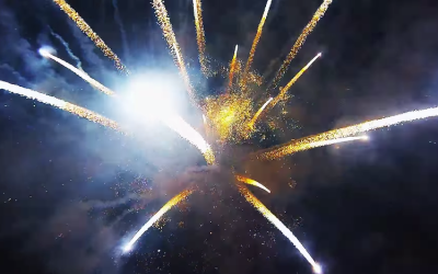 Man Sends Drone Into Fireworks Display – Resulting HD Video is Astounding